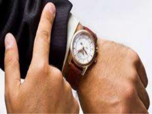 Imagem de relógio de pulso hora e data